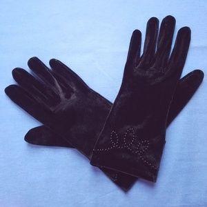 50s VTG Black Velvet Wrist Length Beaded Gloves